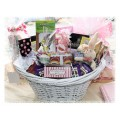 Deluxe Springtime Favorites Easter Basket