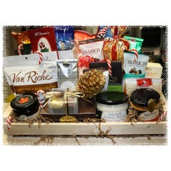 Holiday Cheer Deluxe Gift Baskets - Creston BC Delivery